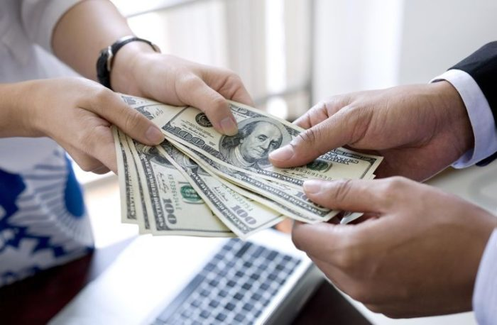 Money Into Your Account Instantly With A Cash Loan