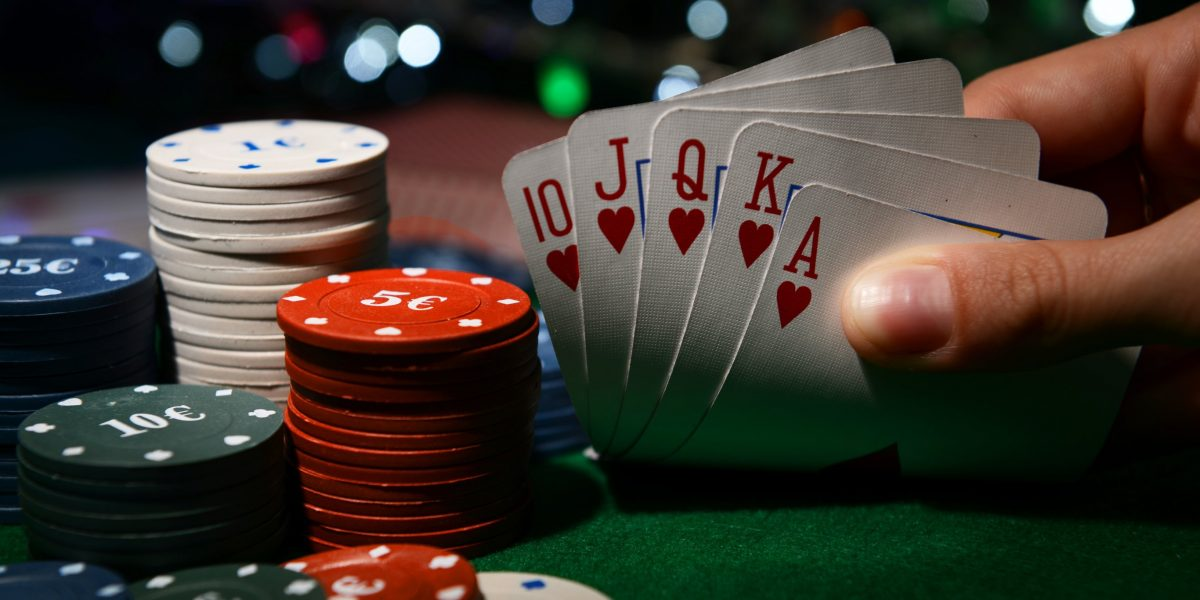 Poker Tells - Four Stuff You Should Not Do On The Poker Desk - Gambling