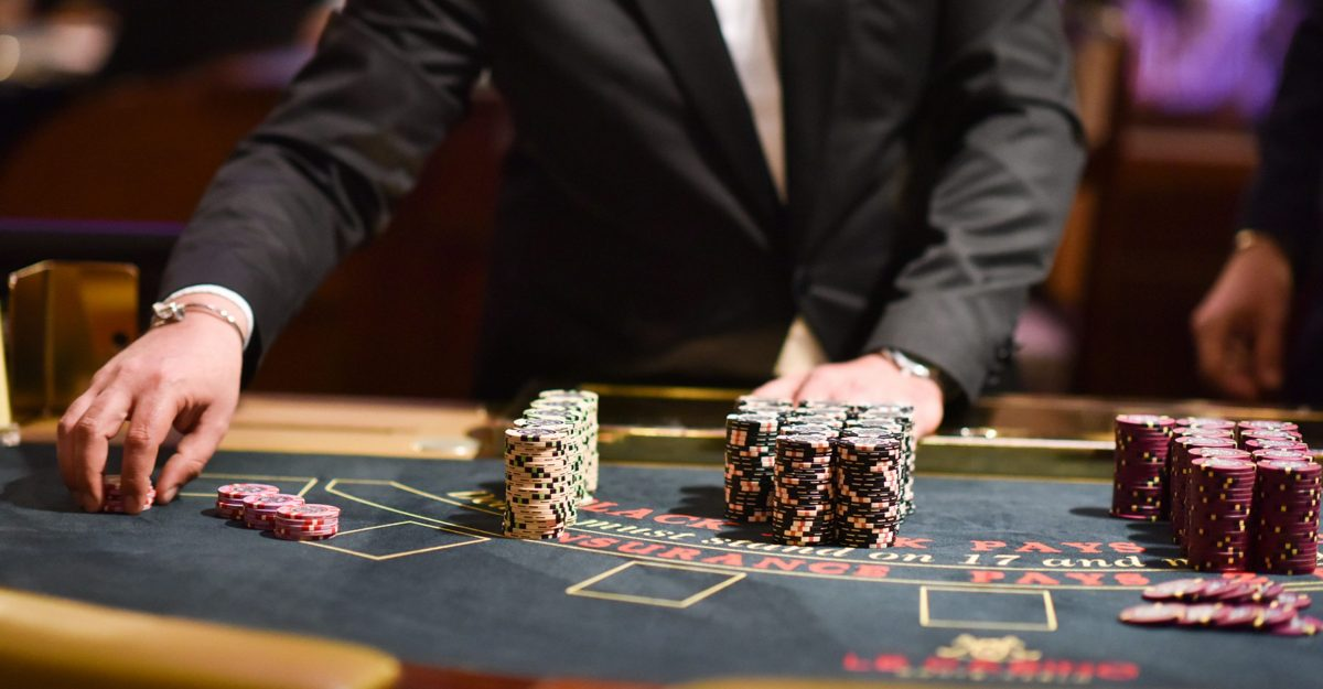 Play Casino Online Presenting The Actual Thrill Of Online Betting