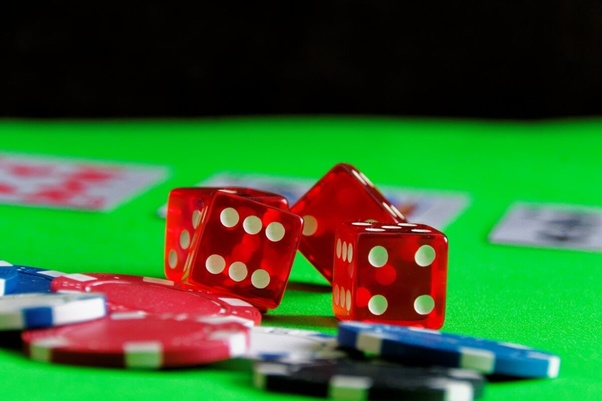 The Commonest Mistakes Folks Make With Online Gambling